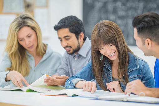6 Reasons for Using Coursebooks (from a teacher who doesn't usually like them)